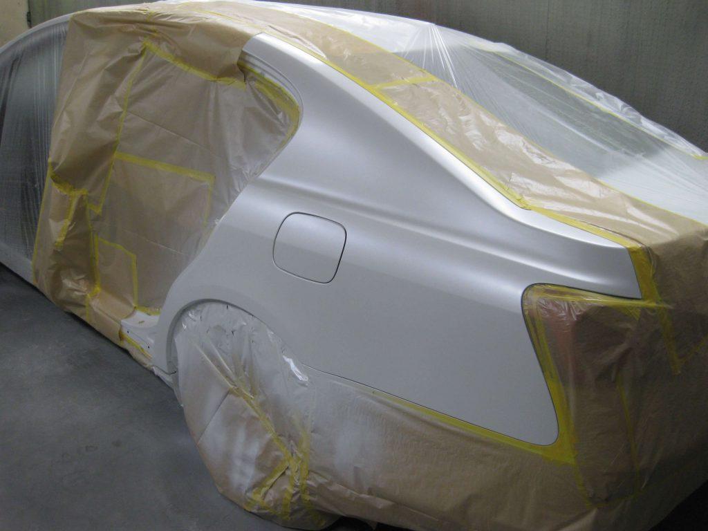 レクサスGS350、左クォーターパネルベースコート、パールベース塗装