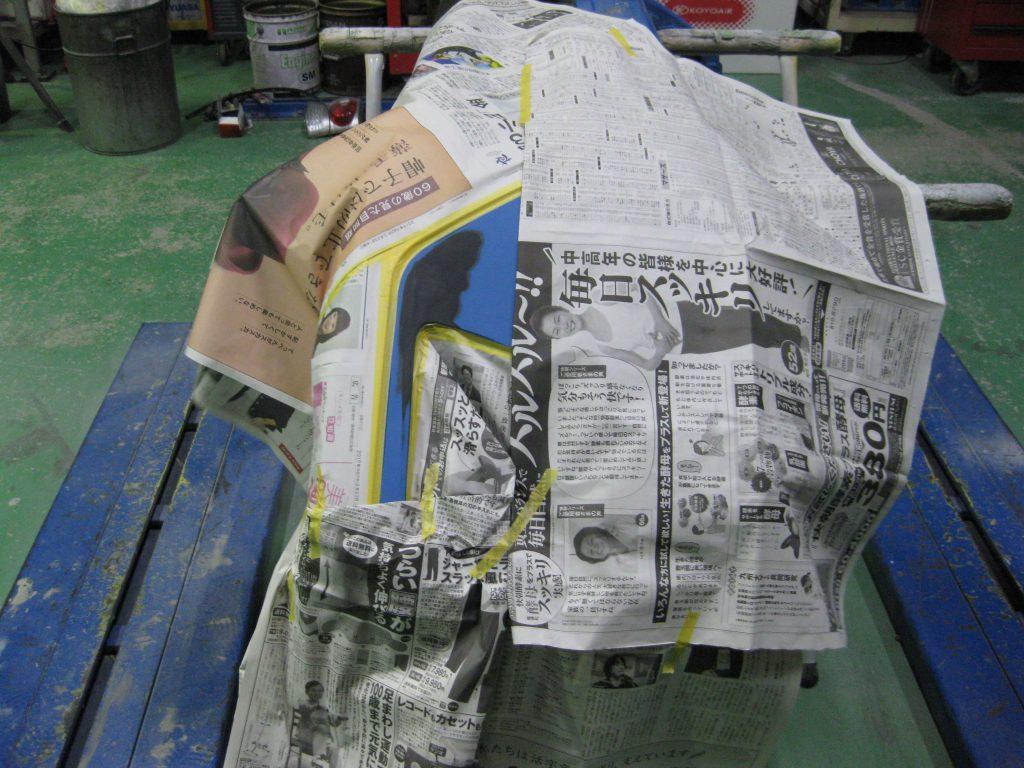 スバル・XV、フロントバンパーサフェーサー下地塗装前