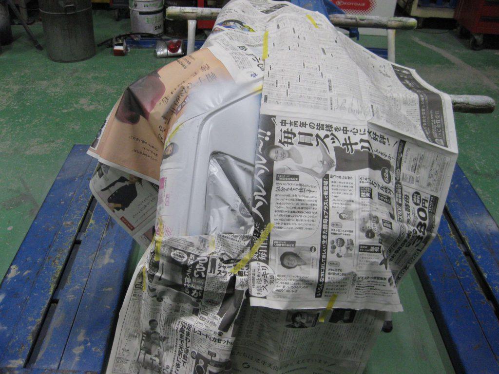 スバル・XV、フロントバンパーサフェーサー塗布