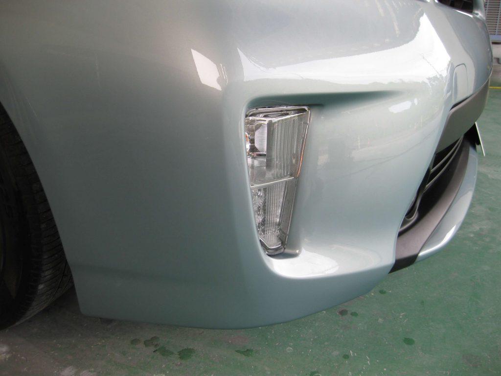 トヨタ・プリウス、フロントバンパー完成後