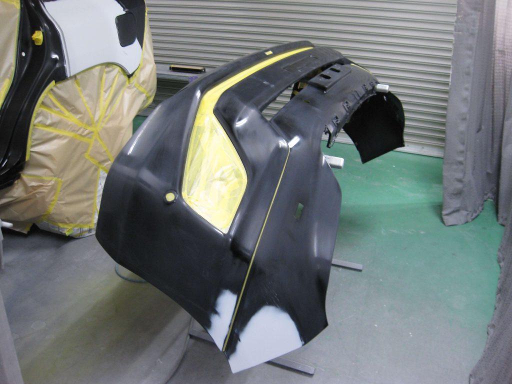 トヨタ・ランドクルーザープラド、フロントバンパー、塗装前