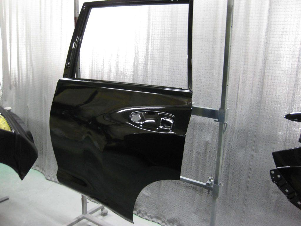 トヨタ・ランドクルーザープラド、リアドア、クリアー塗装
